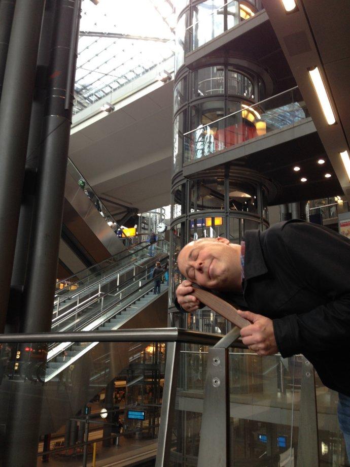Peter hugs a shopping mall