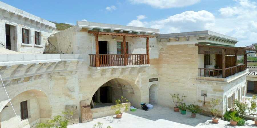 You are currently viewing Caves, Chimneys And Stone Houses In Cappadocia